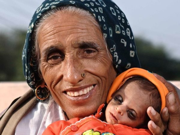 oldest mothers in the world